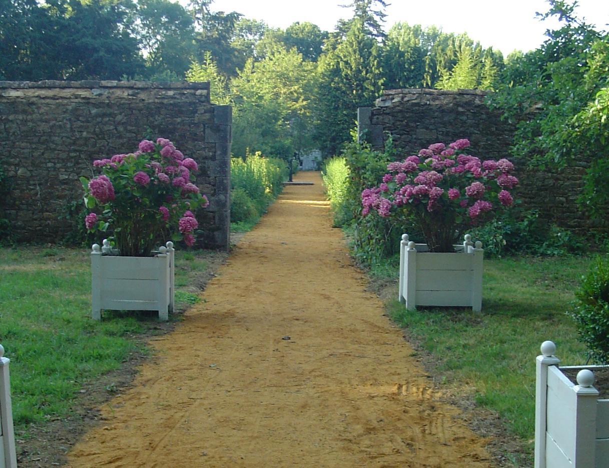 301 moved permanently - Deco jardin nice rue barla versailles ...